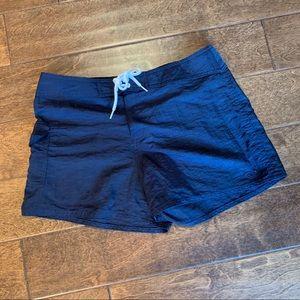 Roxy Board Shorts in Black, 9 EUC